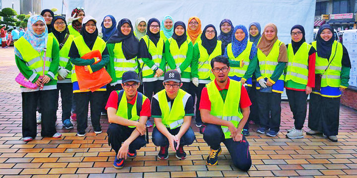 UNISSA, KUPU SB join cleaning campaign