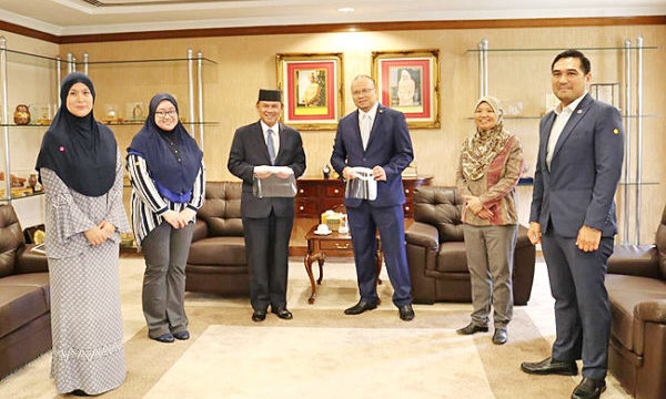 Second batch of face shields donated to ministry